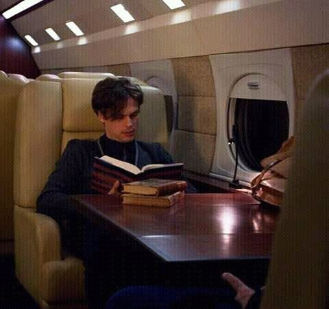 spencer reid airplane reading books